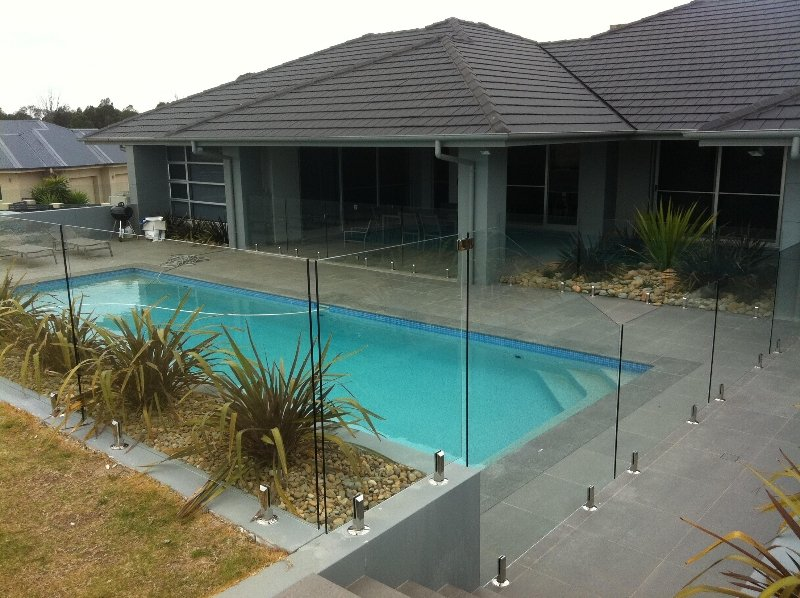 Designer Glass Pool Fencing Balustrades Installer
